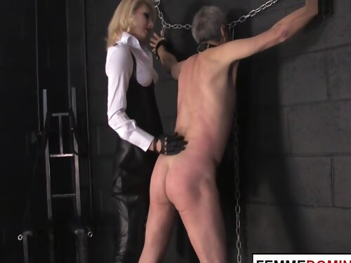 Strict Domina Whipping Her Ashtray Subject