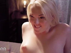 Lesbea Mary Jane tribbing and pussy munching climax with jaw-dropping blond Czech