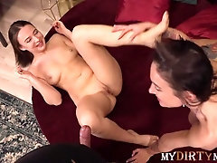 Mydirtynovels - Worker of flower shop enticed into threeway with hot duo