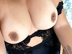 Latina Teen Undresses and Sans bra Pussy - Snap Porn and Leaked Only Fans