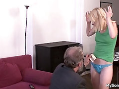 Old father in law blond girl for stealing