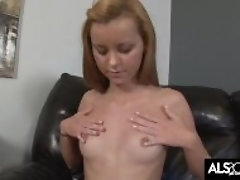Jessie Rogers Forceps Her Pussy Lips Back for Squirting Climax