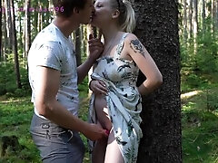 A pregnant girl with an egg gets a creampie in a deep woods while picking mushrooms