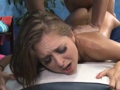 Beautiful girlie Riley Reid gets smashed from behind