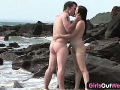 Bombshell pounding a stranger at the beach
